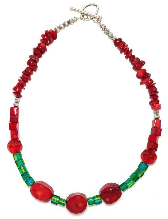 Red Coral and Green Necklace M137