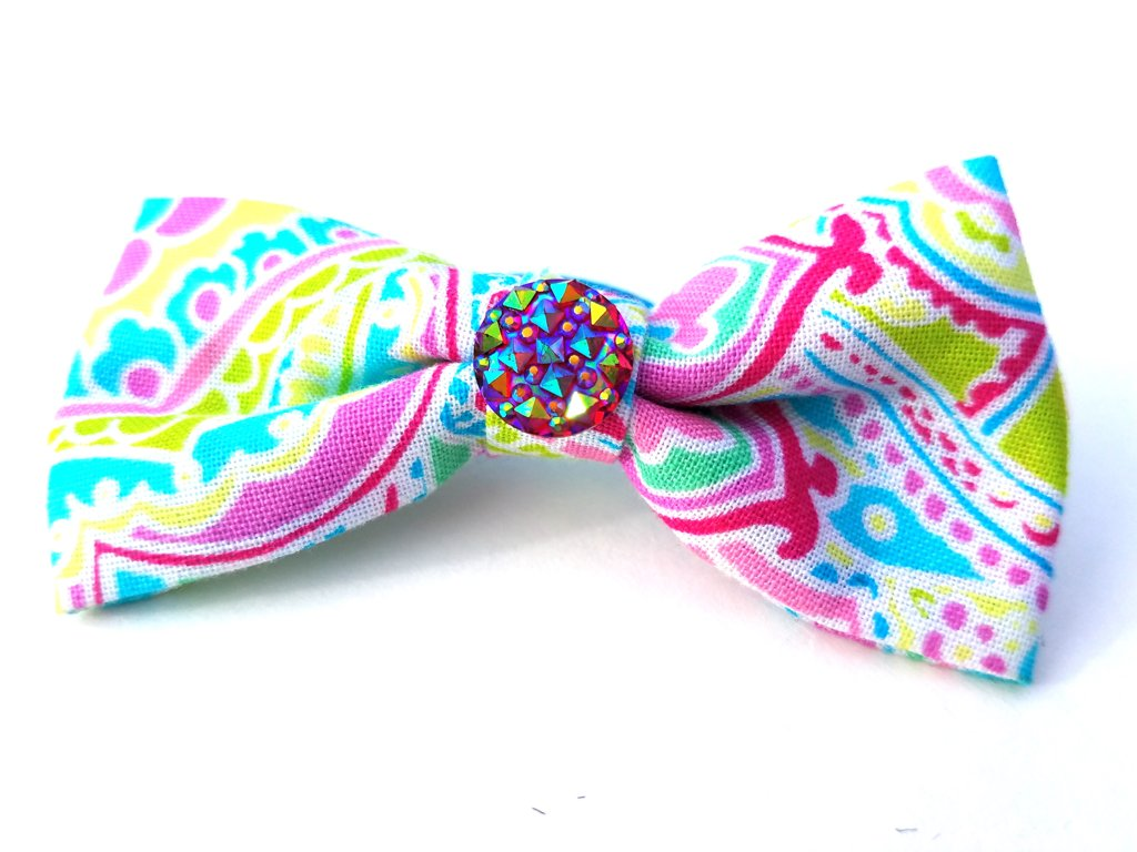 Paisley Pink Bow D110